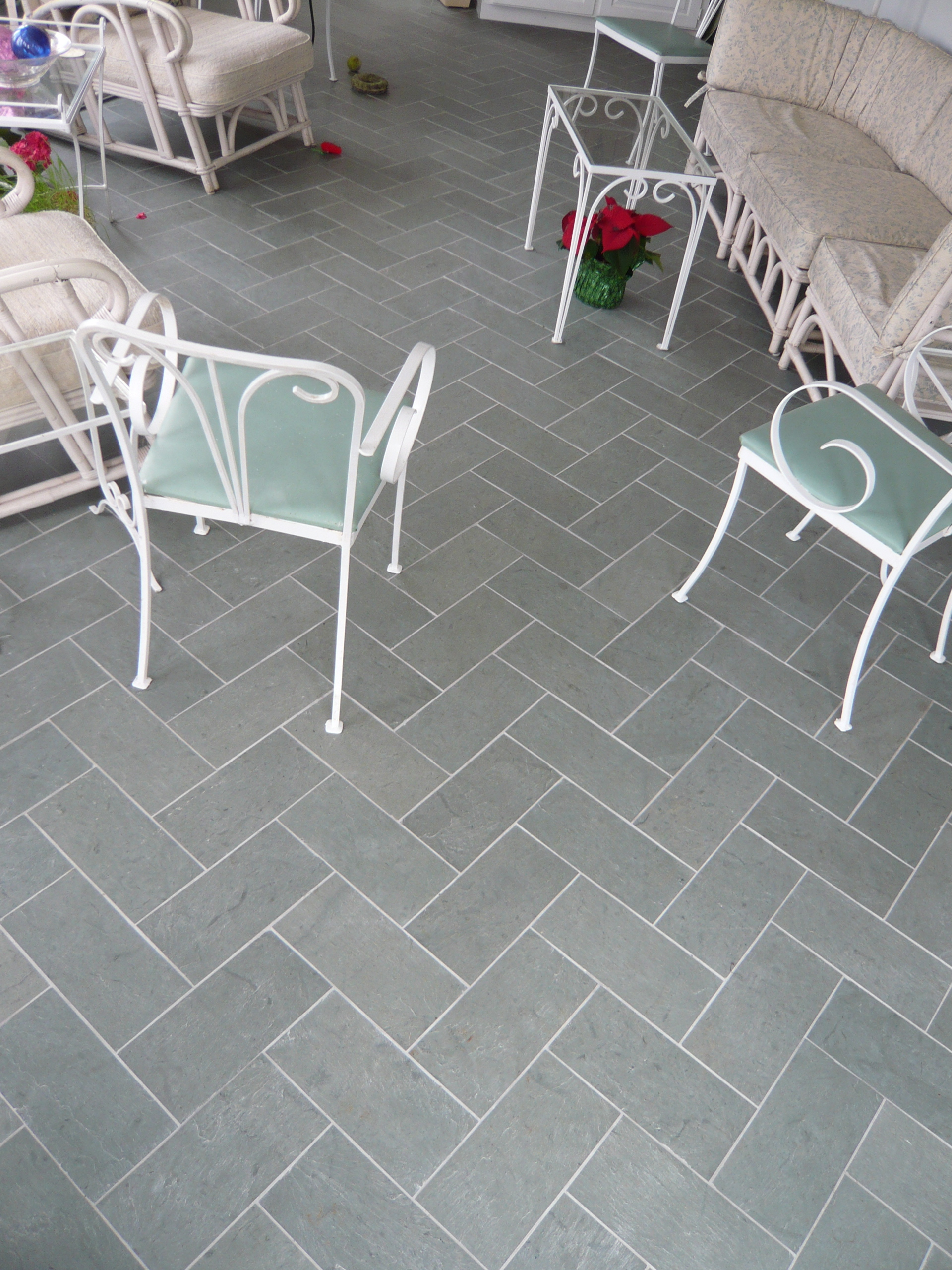 Slate tile grouted with laticrete epoxy grout 1part silver shadow slate tile grouted with laticrete epoxy grout 1part silver shadow and 3parts platinum home is where the heart is pinterest epoxy grout tile grout dailygadgetfo Image collections